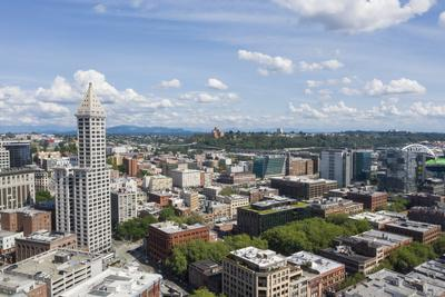 USA, Washington State, Seattle. Smith Tower and downtown.