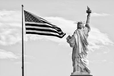 Black Manhattan Collection - Liberty