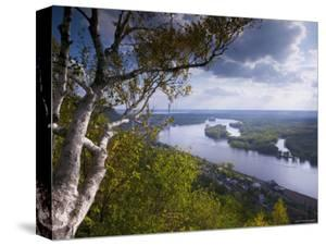 Buena Vista Park Lookout, Mississippi River, Alma, Wisconsin, USA by Walter Bibikow